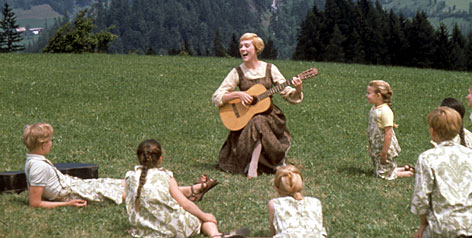 Sound of music, julie andrews, singing, guitar, mountainside